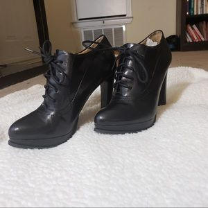 Nine West Black Leather Oxford Lace Up Booties 6M